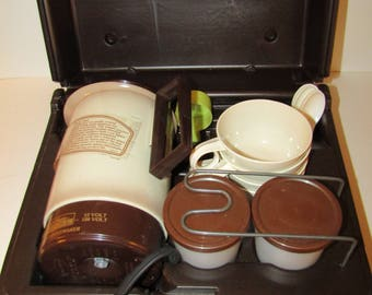 Vintage Empire Kar 'n Home Electric Coffee Percolator Travel Kit