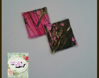 2pk reusable makeup pads, pink camo, microfleece, soft, 3x3, square, double sided, high quality, makeup pads, face pads, foundation, RTS