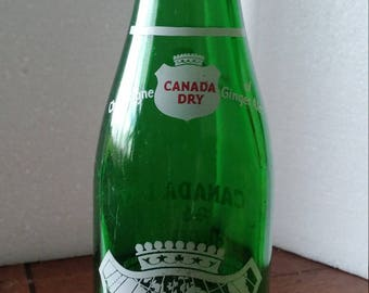 1954 Owens-Illinois Duraglas Green Canada Dry Ginger Ale Bottle