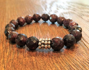 Bracelet made from Garnets with silver bead accent