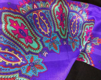 Beautiful Purple square scarf - classic - Made in Italy