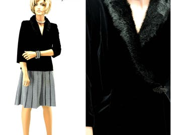 Black velvet faux fur collar top / blouse size S 80s / 90s Alex Evenings formal black evening jacket or top SunnyBohoVintage