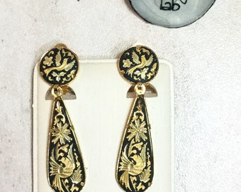 vintage 24kt Gold clip earrings
