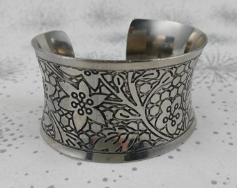 Vintage Silver Tone Cuff - Vintage Large Bracelet - Chunky Bracelet - Statement Cuff - Boho Luxe Cuff -  Gift Woman Her -  Festival Bracelet