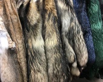 Fox fur pelts/skins