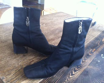 Gucci ankle boots, black canvas, rare 90s boots