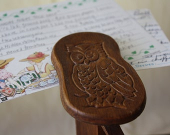 Wooden Owl Recipe Holder