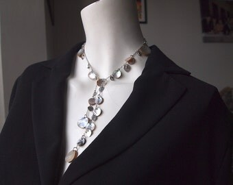 Stunning vintage silver tone metal and shell dangly statement necklace