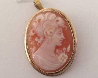 Vintage Antique 14K Yellow Gold Cameo Brooch Pin