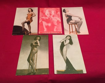 Vintage 1940's Pin Up's Postcard Size