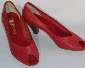 Open tips KAIRVIAN Pindiere t41 perforated red leather pumps