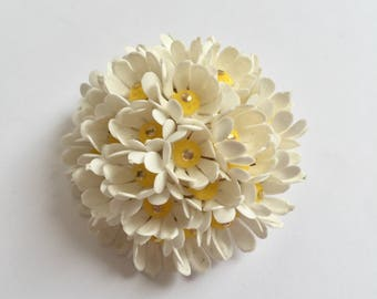 White Multi-Flowered Round Brooch From The 1950's