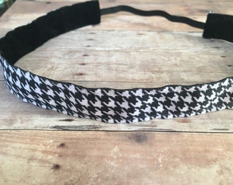Black and white houndstooth no slip headband