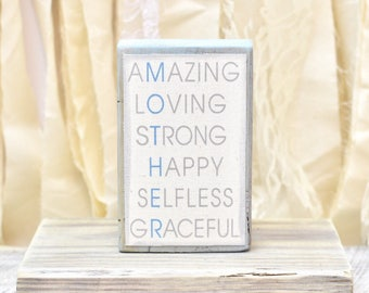 Mother plaque - amazing mother sign - mom gift - Mother's Day gift - loving - strong - graceful mother - for mom - for mother