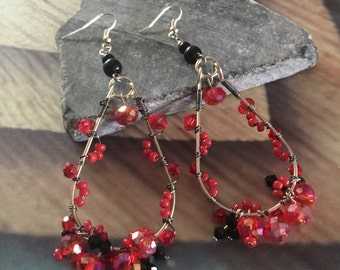 Tear drop wire wrapped earring with red & black crystals