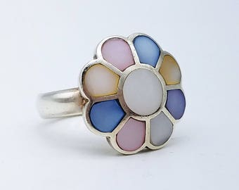 Vintage Sterling Silver and Faux Mother Of Pearl Inlay Flower Ring - Size 9