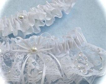 White wedding garters in beaded lace,  Wedding garter set,  Wedding garters,  Bridal garters,  Garters