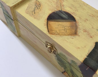 """Wooden Wine Box, Unique Present, Present for Him, decoupage, present with a touch """"Red wine"""""""