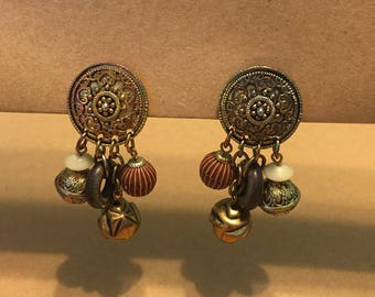 Vintage Costume Jewelry, Gold Tone Dangling Clip On Earrings
