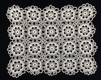 Crocheted Doily. Vintage Oblong Crochet Lace Doily/Placemat. Crocheted Ivory/Cream Cotton Lace Doily. Crochet Lace Placemat. RBT1693
