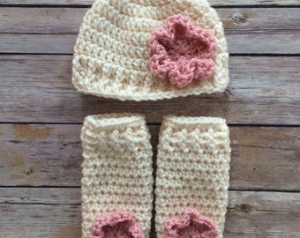 Newborn Crochet hat and leg warmer set - newborn photo prop - 0 to 3 months - infant - crochet photo prop - beanie - shower gift