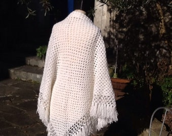 White wool shawl