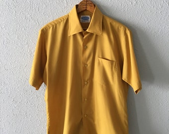 1960's Chartruese Vintage Men's Button Down Shirt by National