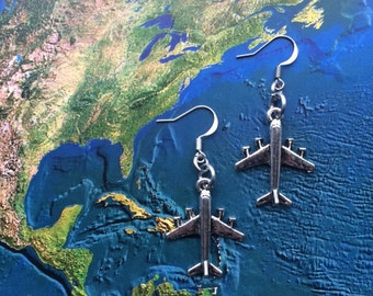 World travel airplane earrings - travel gift - globetrotter - explore - adventure!