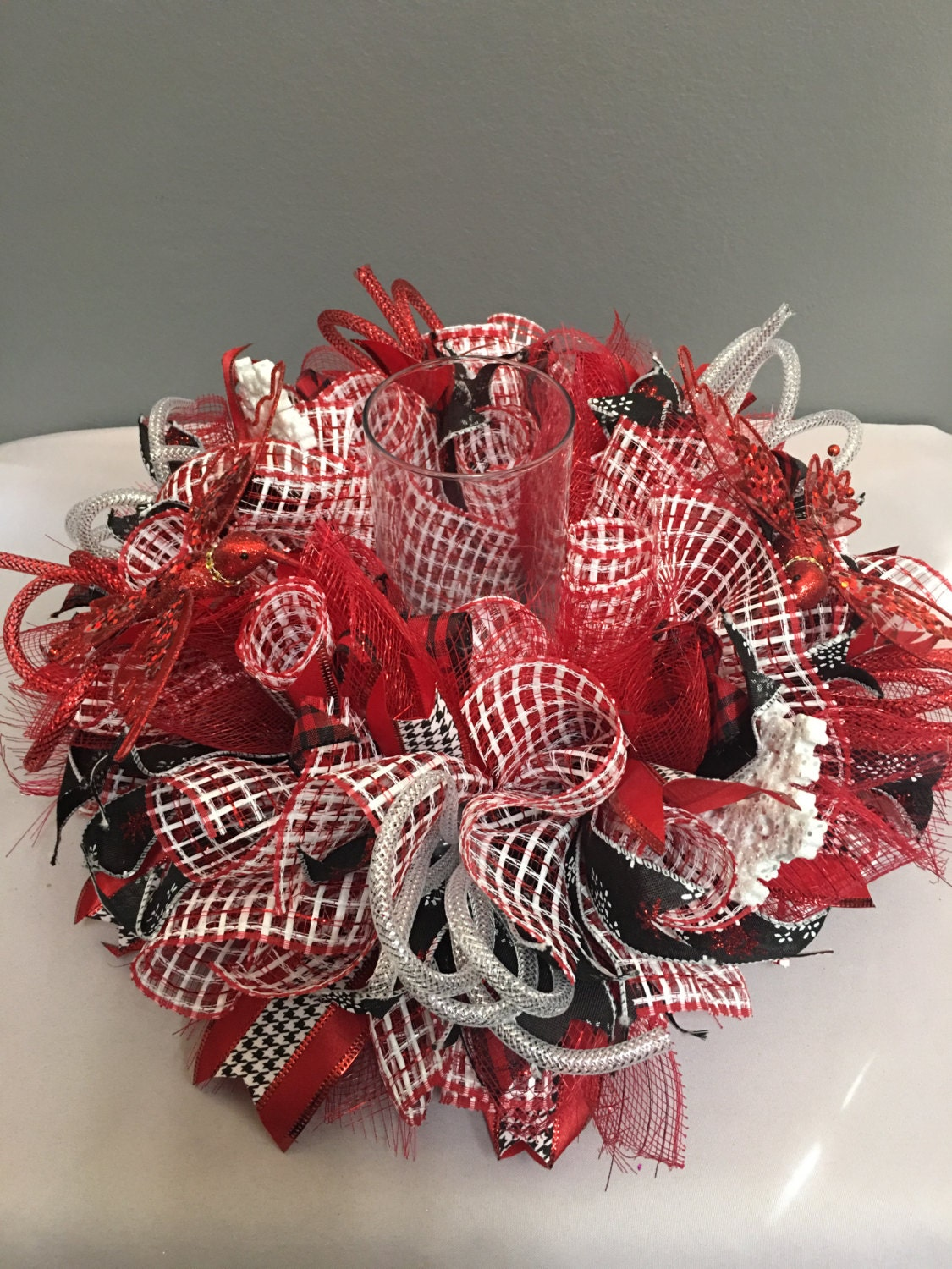Red centerpiece christmas holiday