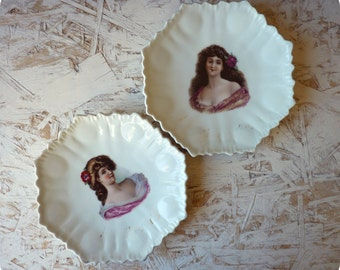 Plates signed by g BONFITS decoration - set 2 portraits woman portrait - original plates - plates or dessert