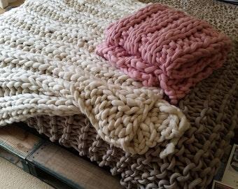 Extreme chunky knit Merino Blanket