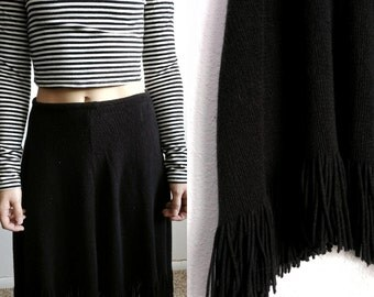 Black Knit Fringe Skirt Size SM M// Vintage Black Knitted Fringe Midi Skirt Women's Festival Clothing