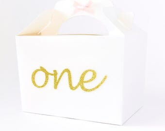 Birthday. Party Favour Box. First Birthday gift box. Birthday guest gift. Personalised Party Box. Party bag.Customized Party ideas. Gift box