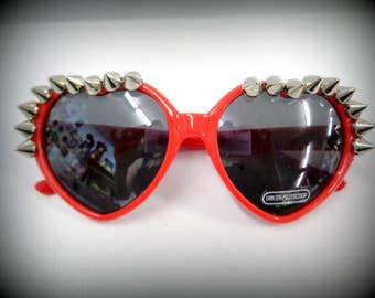 spike heart sunglasses