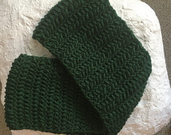 Chunky Infinity Scarf, Green Infinity Scarf, Green Loop Scarf, Hunter Green Scarf, Chunky Crochet Scarf, Green Women's Scarf,