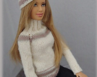 soft winter sweater with cap for Barbie, Poppy Parker, Momoko