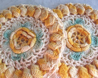 Set of Two Vintage Hand Knit Pockets / Pot Holders