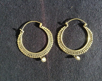 Hoop earrings in Bronze with pendant