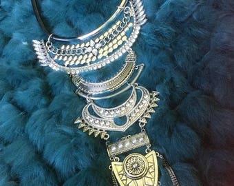Bold Fashionable necklace