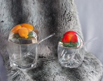 Jam and Marmalade Dishes, Strawberry and Peach Lids, Clear Lucite Dishes, Matching Spoons, Niche Pair, Breakfast Dishes, Very 60s Vintage.