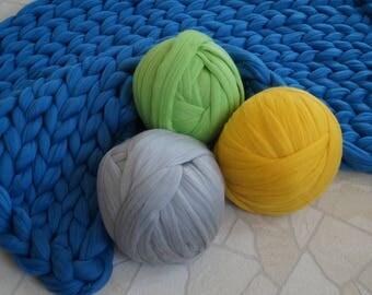 SALE! Roving wool. Super chunky wool yarn. DIY Arm knit. Super bulky yarn. Super thick yarn. Extreme knitting. Chunky knit throw. Merino