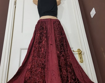 Ladies Gypsy Gothic Hippie Medieval Renaissance Velvet Embroidered Skirt Long Autumn/Winter Elasticated freesize 14 16 18 20