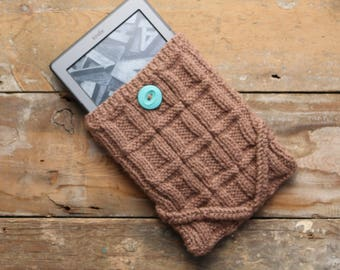 Window Pane knitted Kindle cover