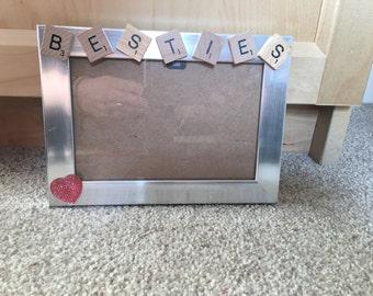 Besties frame