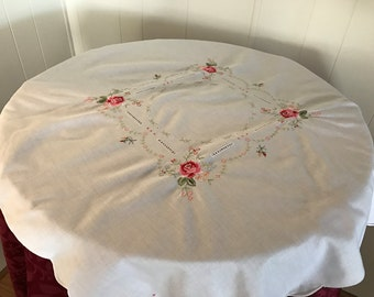 Vintage Luncheon Tablecloth Embroidered Roses And Flowers, Cottage Chic White  Embroidered Table Topper, Embroidered Linen Table Topper