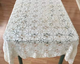 Vintage White Crochet Tablecloth, Cottage Chic Vintage Hand Crochet Tablecloth, White Crocheted Tablecloth, Cottage Chic Table Linens