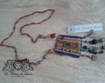 Tibetan amulet necklace three mirrors.