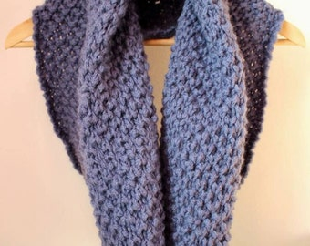 Handmade knitted neck warmer, Maxicollo, blue, lana, woll, knit, knitting-honeycomb Pattern
