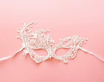 White Lace Mask Phoenix Masquerade Ball Mask Halloween Mask/Mardi Gras/Carnival mask Prom Party Mask Eye Mask Fox Mask