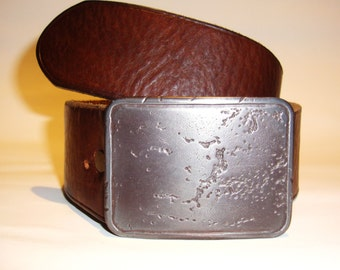 Genuine leather belt, big metal buckle, perfect vintage condition